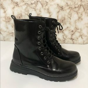 DIRTY LAUNDRY Combat Ankle Boots 7.5 Black